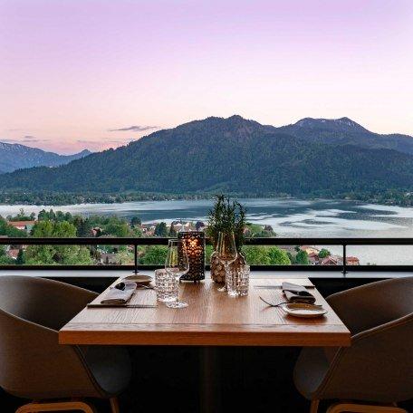 Restaurant Alpenbrasserie, © im-web.de/ Tourist Information Tegernsee