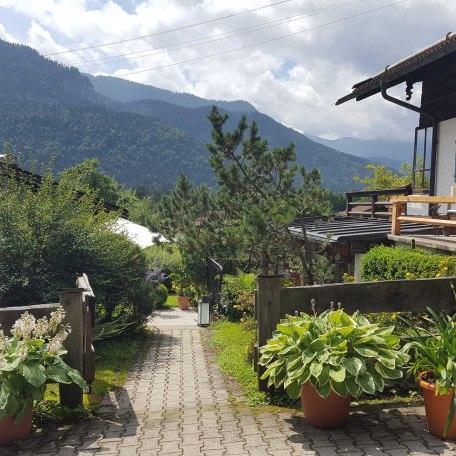 Blick in die Berge zum Eingang, © im-web.de/ Tourist-Information Kreuth