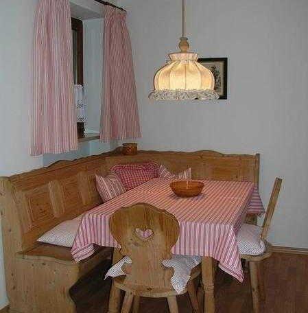 Gemütliche Eßecke, © im-web.de/ Tourist-Information Rottach-Egern