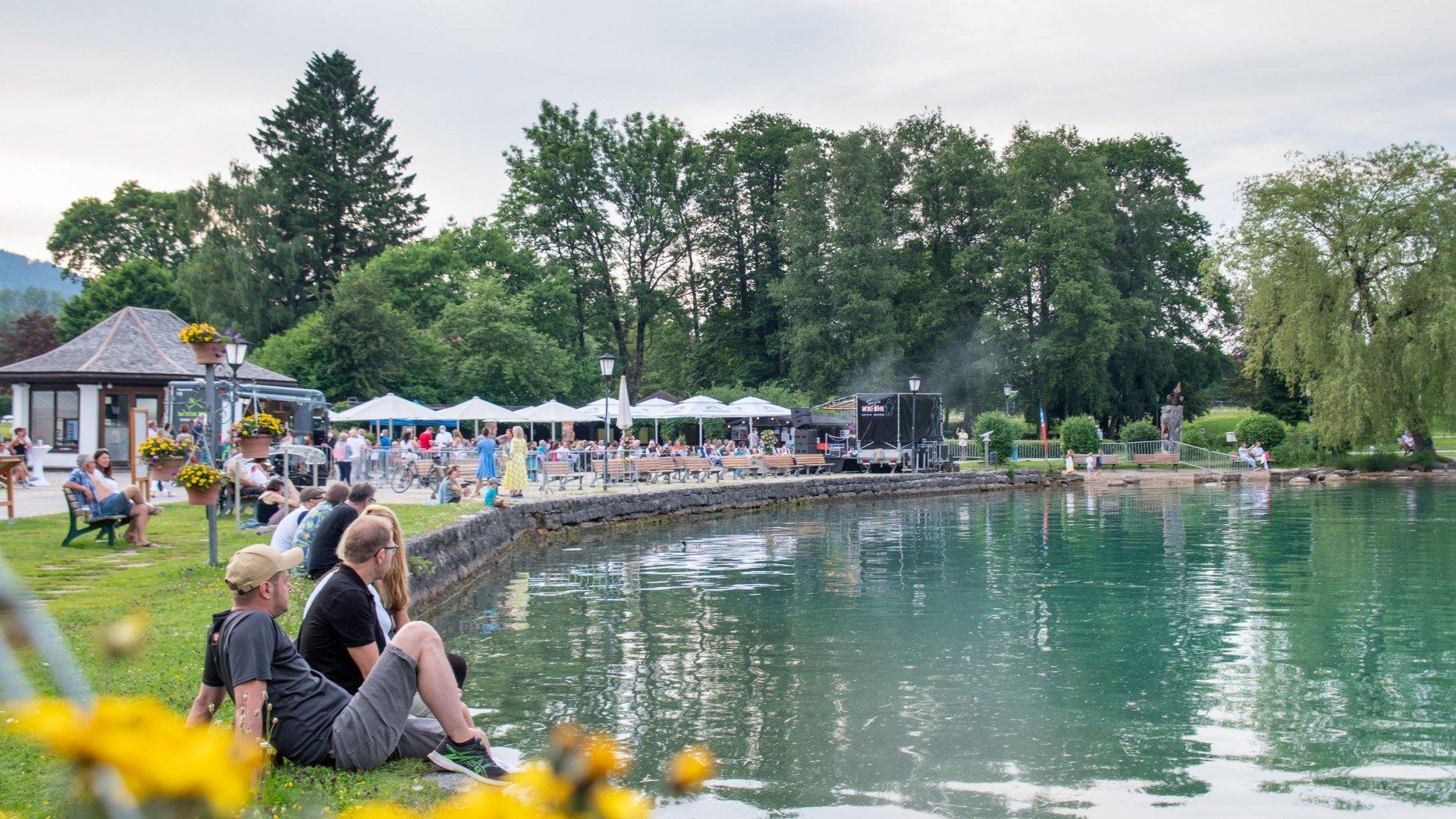Ab 10.07.2021 startet die Kulturbühne für Künstler aus der Region: Auf geht's, pack ma's! , © Der Tegernsee