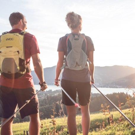 Mach mal Pause beim Nordic Walking in den Bayerischen Voralpen, © Hansi Heckmair