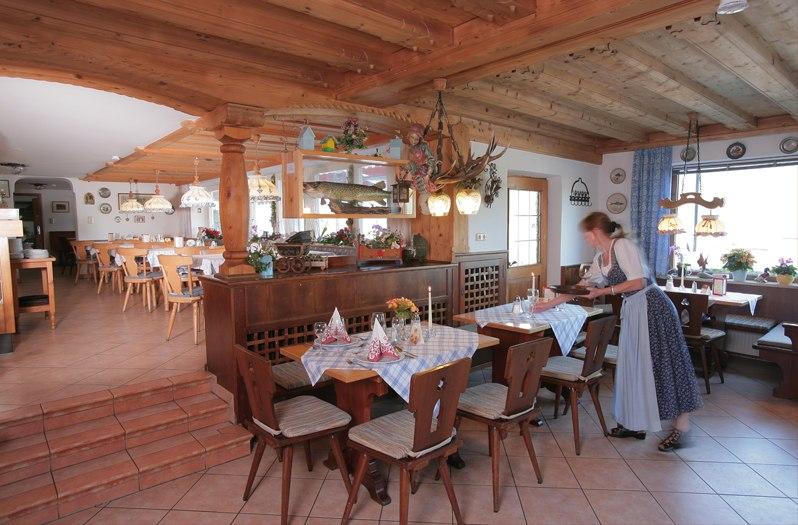 hauptraum-im-restaurant_1