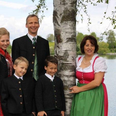 Ihre Gastgeberfamilie, © im-web.de/ Tourist-Information Rottach-Egern