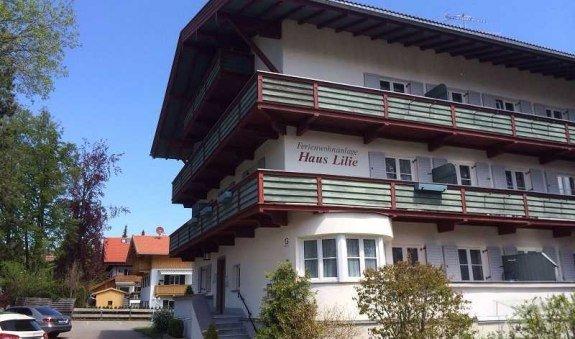 Ferienwohnung 4, Südwestansicht des Hauses, © im-web.de/ Ferienwohnungen Tegernsee