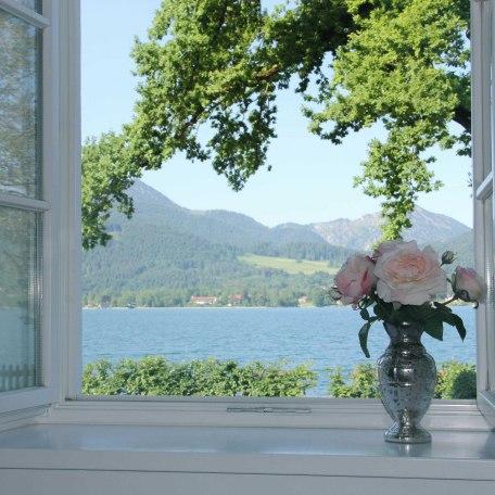 Ausblick vom Essbereich, © im-web.de/ Tourist Information Tegernsee