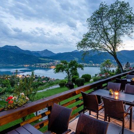 Abendstimmung auf der Terrasse - Hotel Der Westerhof, © im-web.de/ Tourist Information Tegernsee