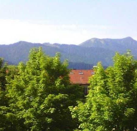 https://d1pgrp37iul3tg.cloudfront.net/objekt_pics/obj_full_31611_003.jpg, © im-web.de/ Tourist-Information Bad Wiessee