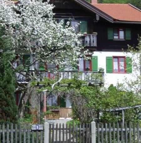 Haus von Garten, © im-web.de/ Tourist-Information Gmund am Tegernsee