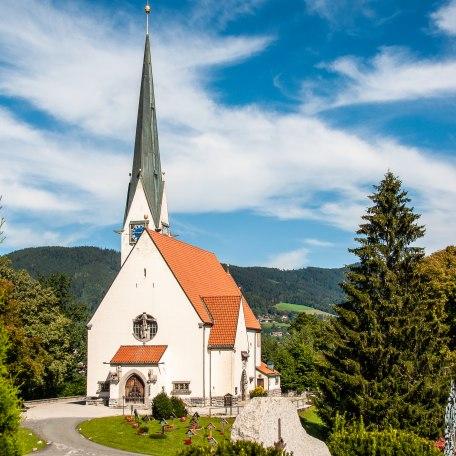 Kath. Kirche Maria Himmelfahrt Bad Wiessee 3, © Der Tegernsee, Sabine Ziegler-Musiol