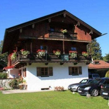 https://d1pgrp37iul3tg.cloudfront.net/objekt_pics/obj_full_32006_010.jpg, © im-web.de/ Tourist-Information Rottach-Egern