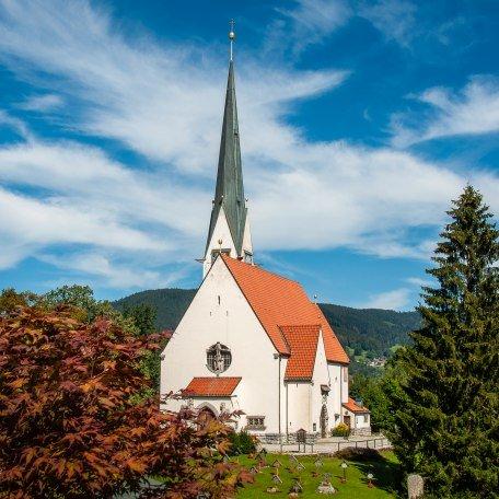 Kath. Kirche Maria Himmelfahrt Bad Wiessee 1, © Der Tegernsee, Sabine Ziegler-Musiol