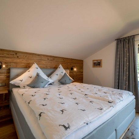 Schlafzimmer 1, © im-web.de/ Alpenregion Tegernsee Schliersee Kommunalunternehmen