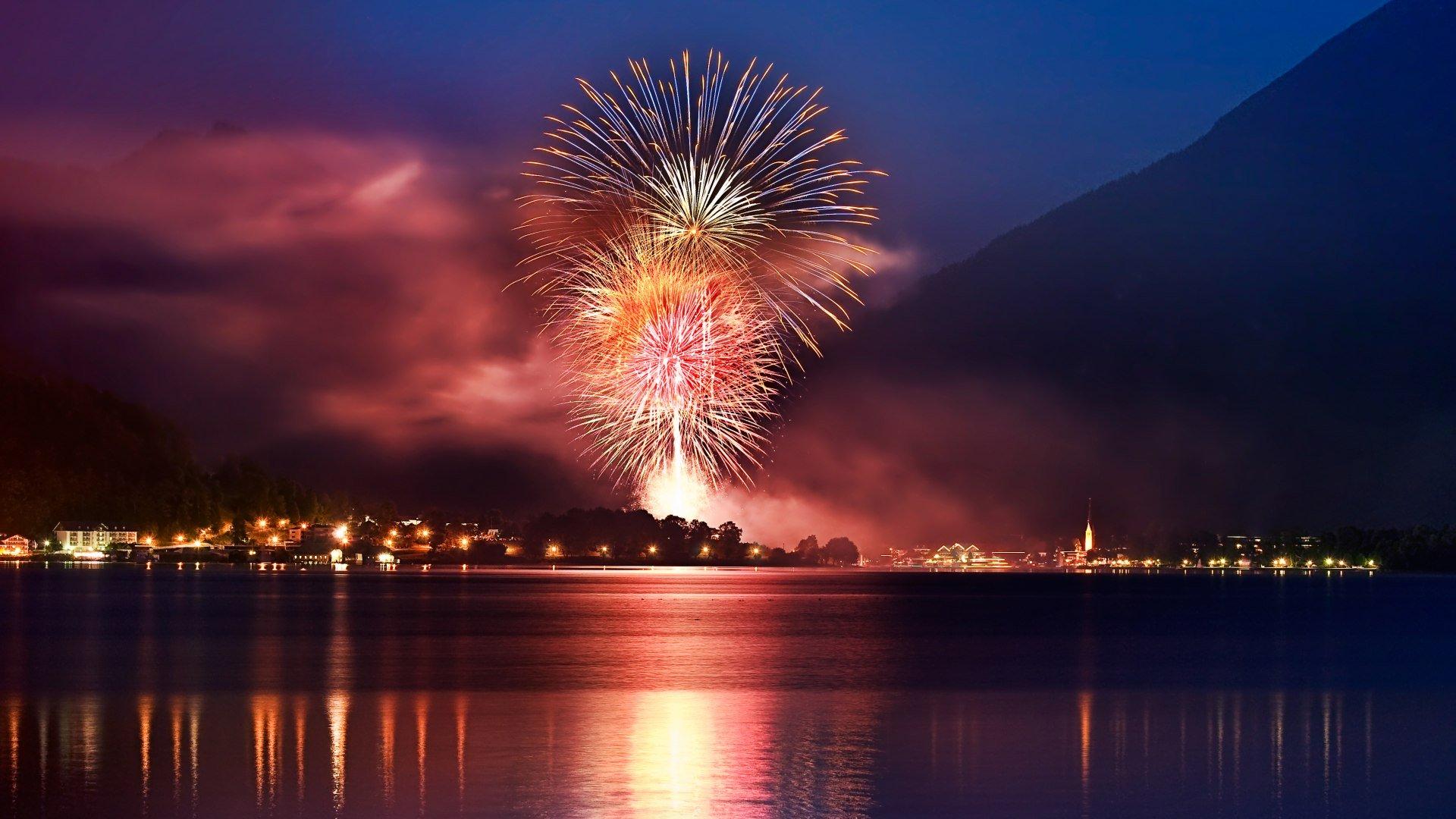 Feuerwerk beim Seefest in Rottach Egern, © Stefan Schiefer