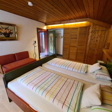 gr. Schlafzimmer, © im-web.de/ Tourist-Information Bad Wiessee