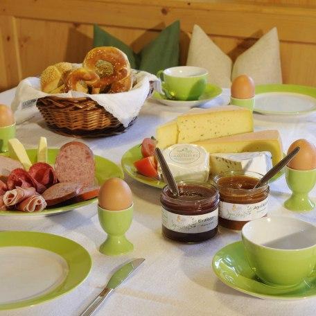 Unser Frühstückskorb kann gerne dazugebucht werden, © im-web.de/ Tourist-Information Bad Wiessee