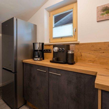 Küche mit großem Kühlschrank, © im-web.de/ Alpenregion Tegernsee Schliersee Kommunalunternehmen
