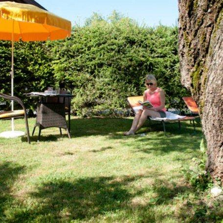 Garten/ Liegewiese, © im-web.de/ Tourist-Information Rottach-Egern