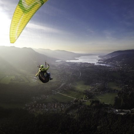 Gleitschirmfliegen, © Der Tegernsee, Dietmar Denger