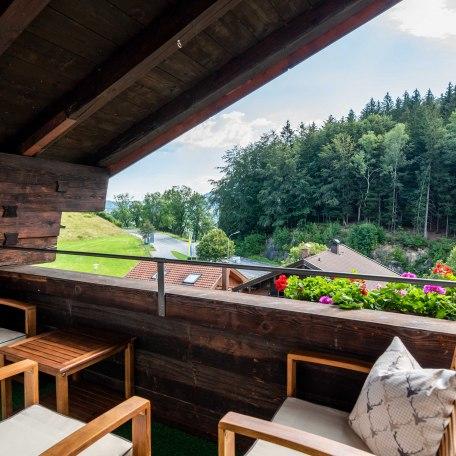 Ausblick Balkon, © im-web.de/ Alpenregion Tegernsee Schliersee Kommunalunternehmen