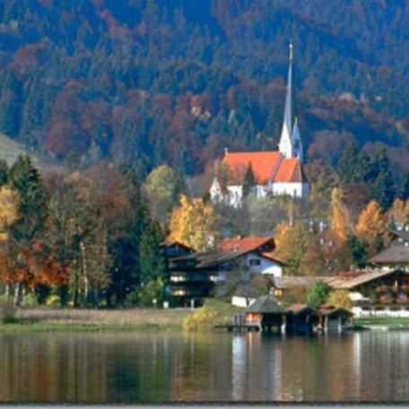 https://d1pgrp37iul3tg.cloudfront.net/objekt_pics/obj_full_33325_007.jpg, © im-web.de/ Tourist-Information Bad Wiessee