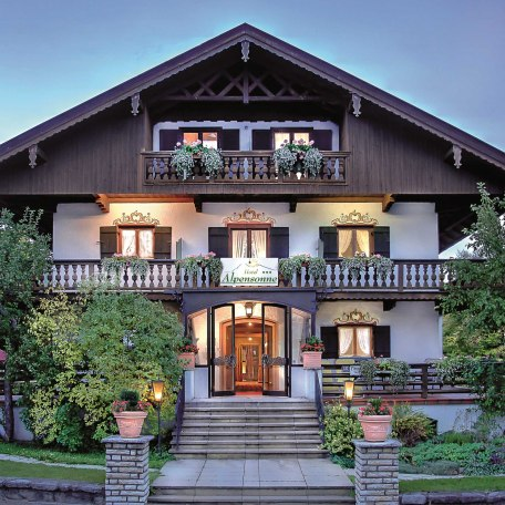 Vital-Hotel Alpensonne, © im-web.de/ Tourist-Information Bad Wiessee
