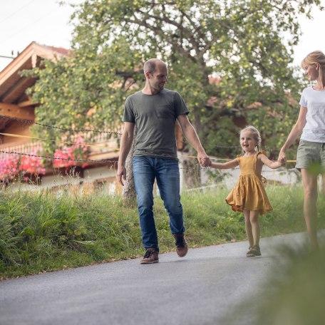 Familie auf dem Bauernhof, © Der Tegernsee, Julian Rohn