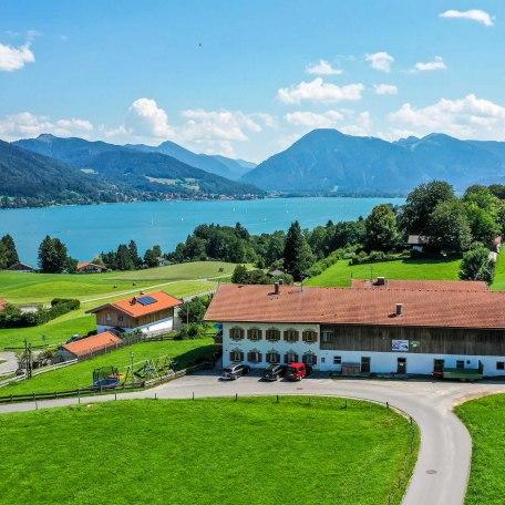 unser Hof aus der Luft, © im-web.de/ Tourist-Information Bad Wiessee