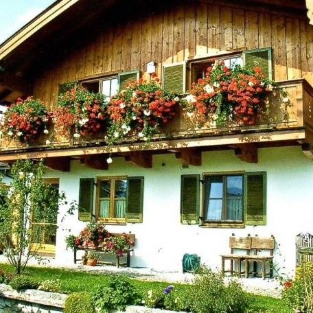 Unser Haus mit Ostbalkon, © im-web.de/ Tourist-Information Bad Wiessee