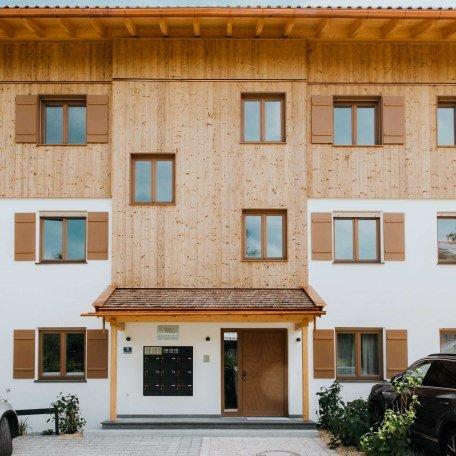 Hauseingang, © im-web.de/ Alpenregion Tegernsee Schliersee Kommunalunternehmen