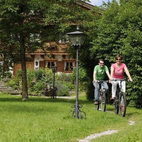 Radfahren direkt ab Ignazhof, © im-web.de/ Tourist-Information Bad Wiessee