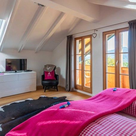 Schlafzimmer 1, © im-web.de/ Tourist-Information Bad Wiessee