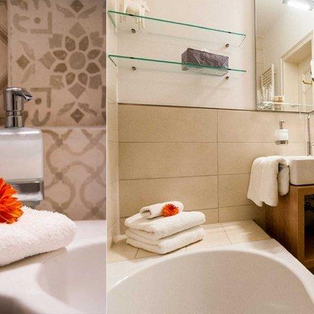 kleines Badezimmer, © im-web.de/ Tourist-Information Rottach-Egern