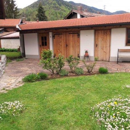 Garten / Nebengebäude, © im-web.de/ Tourist-Information Rottach-Egern