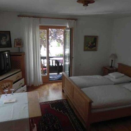 Doppelzimmer 70,00 EUR im Haupthaus, © im-web.de/ Tourist-Information Rottach-Egern