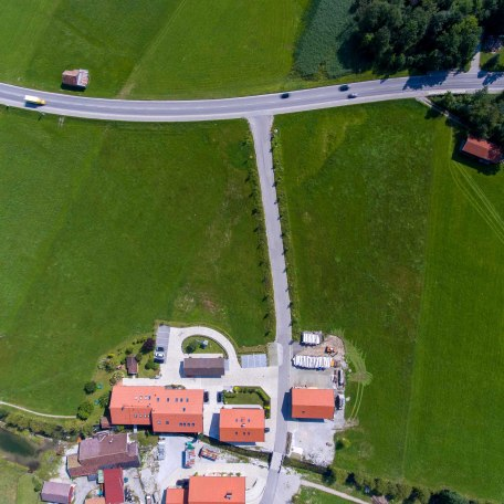https://d1pgrp37iul3tg.cloudfront.net/objekt_pics/obj_full_31648_023.jpg, © im-web.de/ Tourist-Information Rottach-Egern