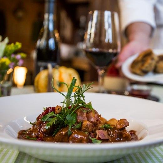 Meal Gasthaus Jennerwein, © Der Tegernsee, Christoph Schempershofe