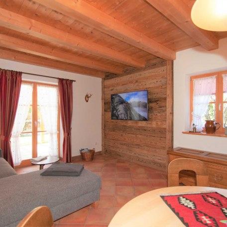 Fernsehecke mit Schlafsofa, © im-web.de/ Tourist-Information Bad Wiessee