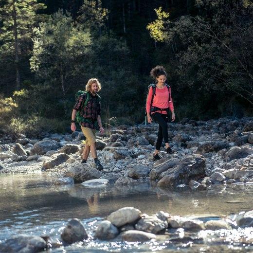 Flussdurchquerung, © Julian Rohn/ Tegernseer Tourismus GmbH