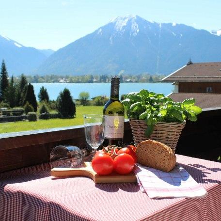 Blick vom Balkon, © im-web.de/ Tourist-Information Bad Wiessee