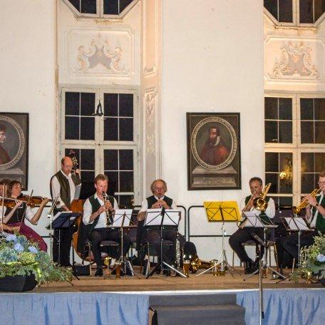 Blasmusik im Barocksaal