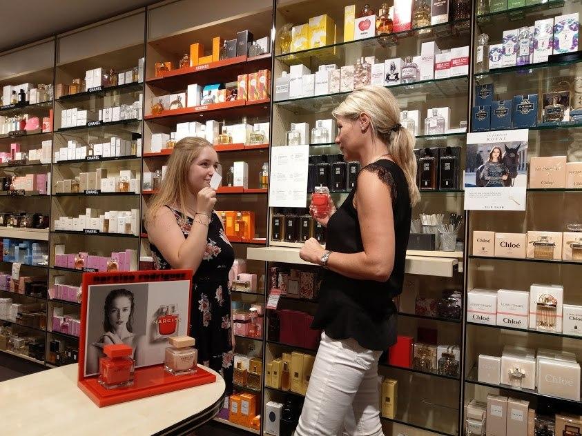 Verkaufsgespräch, © Parfümerie Bayerschmidt Gmund