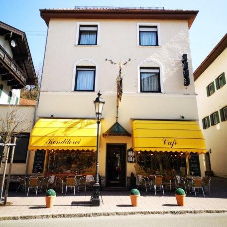 Das Cafè  in der Hauptstraße, © Der Tegernsee, Isabelle Munstermann