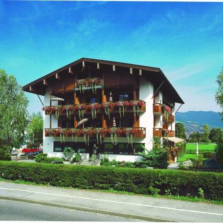Hotel-Pension-Ostler, © im-web.de/ Tourist-Information Bad Wiessee