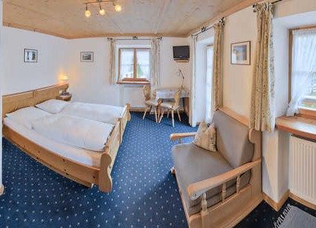 Zimmer 2, © im-web.de/ Tourist-Information Kreuth