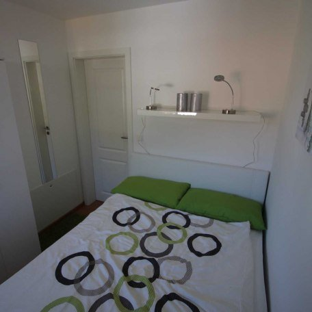 Das 2. Schlafzimmer in der Wohnung Wallbergblick!, © im-web.de/ Tourist-Information Rottach-Egern