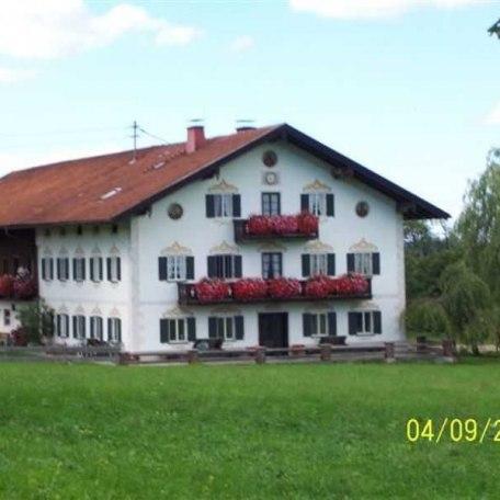 https://d1pgrp37iul3tg.cloudfront.net/objekt_pics/obj_full_31757_002.jpg, © im-web.de/ Tourist-Information Gmund am Tegernsee